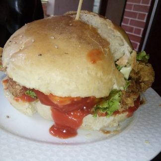 MFoods Cripy Chicken Cheese Burger